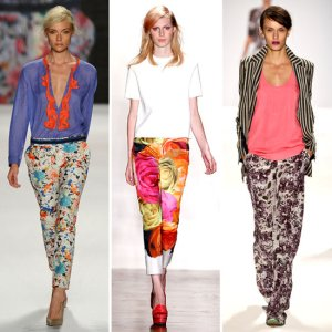 How-Wear-Floral-Printed-Pants